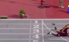 Американский бегун победил благодаря «прыжку супермена»