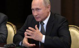 Путин и Помпео «очень коротко» обсудили санкции против России
