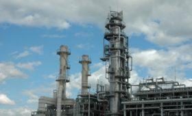 ЛУКОЙЛ поспорил с конкурентами о прибыльности нефтепереработки в России