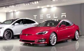 Крах автопилота: Tesla переходит на ручное управление