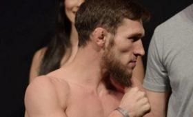 Российский боец Бибулатов покинул UFC