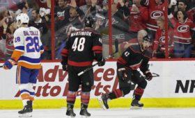 «Каролина» впервые за10летвышла вфинал Восточной конференции НХЛ