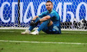 Акинфеев назвал трех лучших футболистов, против которых ониграл