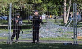 В Екатеринбурге снесут забор на месте строительства храма