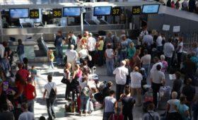Минфин нашел способ избежать сильного роста цен на авиабилеты