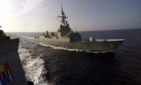 СМИ сообщили о вхождении эсминца ВМС США в Черное море