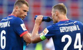 УЕФА поздравил братьев Березуцких сднем рождения