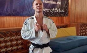 Ножом поспине иголове: зачтоубили российского дзюдоиста