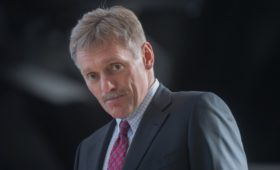 Песков попросил «не забегать вперед» с улучшением отношений с США