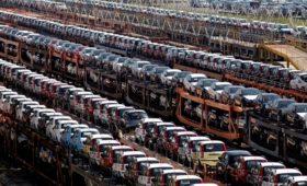 Украина обнародовала запрет на импорт автомобилей и спичек из России