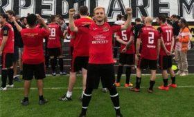 Россияне затроллили приехавшего засексом футболиста