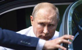 Путин отменил визит в Тверскую область после гибели 14 подводников