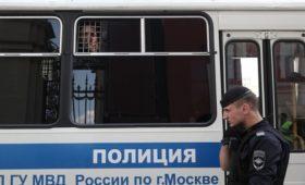 Полиция сообщила о задержании почти 300 человек на митинге в Москве