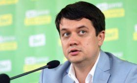 В партии Зеленского предупредили об угрозе срыва выборов в Раду