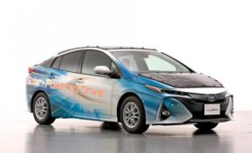 Toyota увеличила бесплатный пробег Приуса до 56,3 км в сутки