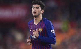 Футболист «Барселоны» обиделся наклуб