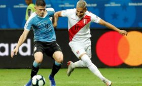 Сборная Перу обыграла команду Уругвая ивышла вполуфинал Кубка Америки пофутболу