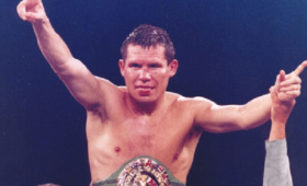 Легендарный боксер стал жертвой ограбления