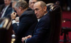 Конституционный суд Армении приостановил дело против Кочаряна
