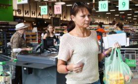 Сбербанк спрогнозировал неизменность высоких расходов россиян на еду