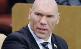 Валуев прокомментировал неприятный инцидент сКузнецовой