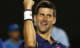 Джокович заявил, чтоконкуренция сНадалем иФедерером сделала еголучшим теннисистом мира