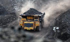 Босов продал долю в своем угольном бизнесе совладельцу «Трансмашхолдинга»