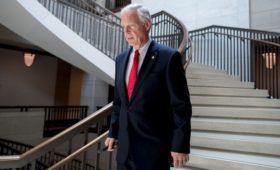 Заявивший об отказе в российской визе сенатор США оказался в стоп-листе