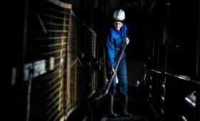 Росстат объяснил промышленный рост на фоне падения добычи нефти и газа