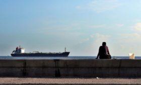 Эксперты назвали тонны денег и танкеры вариантом выплаты долга Венесуэлой
