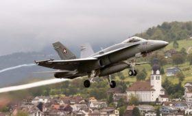 Швейцарские истребители подлетели к самолету делегации Путина