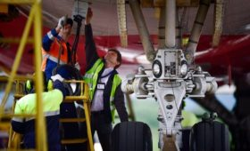 Вице-премьер Борисов сообщил о проблемах с ремонтом российских самолетов