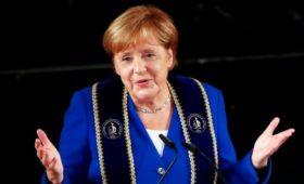 Меркель намекнула на свои планы после ухода из политики