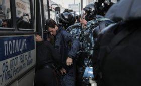 Ученые потребовали прекратить преследование участников акций в Москве