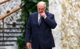 СМИ назвали Путина причиной отказа Лукашенко ехать в Польшу