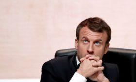 Reuters узнал условие Макрона для возвращения России в G8