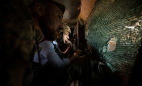 Зеленский попросил Путина повлиять на «ту сторону» конфликта в Донбассе
