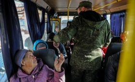 Киев начал допросы получивших российские паспорта украинцев