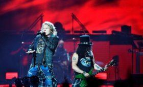 Группа Guns N' Roses пошла на мировую с производителем пива Guns 'N' Rosé