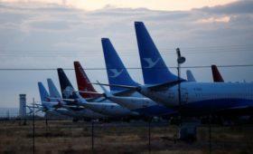 FT сообщила о перевозке десятков самолетов Boeing 737 MAX в пустыни