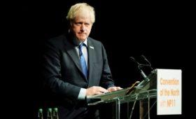 СМИ узнали о планах Джонсона нарушить одобренный Елизаветой II закон