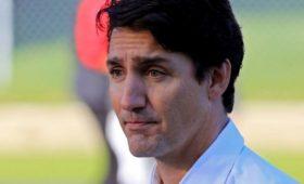 Премьер Канады извинился за свою фотографию 18-летней давности