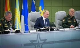 СМИ узнали о «нештатной ситуации» на учениях под руководством Путина