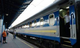 Глава МИД Украины заявил о планах возобновить движение поездов в Донбасс