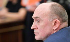 Адвокат заявил об отмене уголовного дела экс-губернатора Дубровского