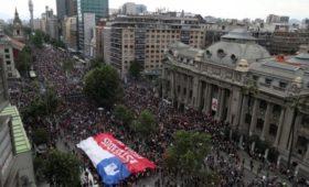 Чилийцы побили рекорд по числу участников акции протеста