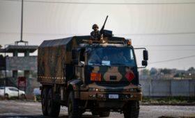 Турецкая армия после недельной осады заняла сирийский Рас-эль-Айн