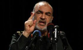 Глава КСИР заявил о будущем падении США из-за «тиранической философии»