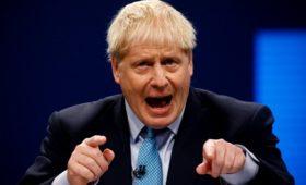 Джонсон потребовал вернуть жену дипломата из США в Британию после ДТП