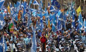 Марш в поддержку независимости Шотландии собрал более 200 тыс. человек